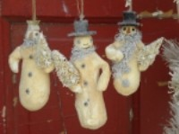 KD Vintage Batting Snowmen Ornaments