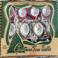Decorated Mini Boxed Ornament Set