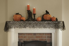 Heritage Lace Spider Web Mantle Runner