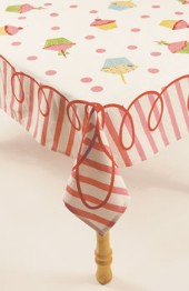 moda Happy Birthday Tablecloth Pink